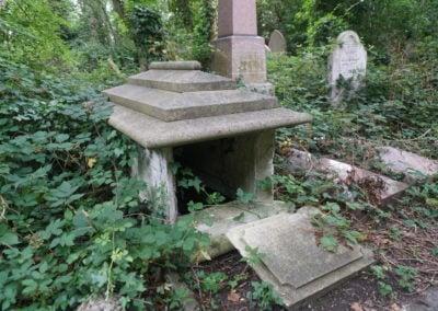Stoke Newington Cemetery - Ben Harding